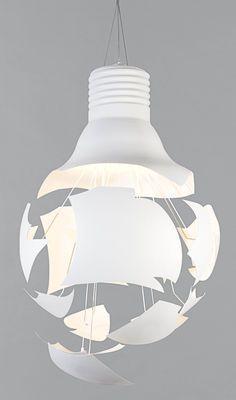 Suspension Scheisse Northern Blanc | Made In Design