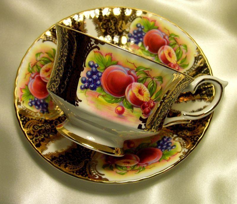 Paragon Cabinet Tea Cup & Saucer ~ Fruit Cartouche on Black
