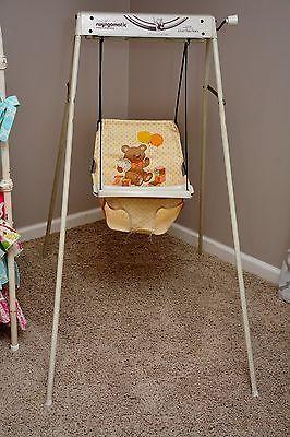 Vintage Graco Swyngomatic Wind Up Baby Swing Works Great Wind Up Baby Swing Baby Swings Vintage Baby Gear