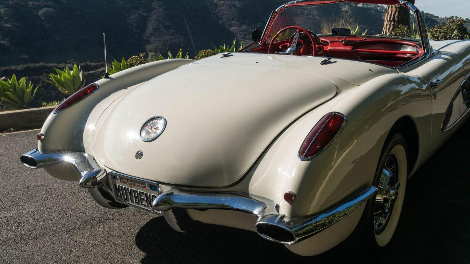 1960 Chevrolet Corvette C1 Dual-Quad 4-Speed | Corvette, Chevrolet ...
