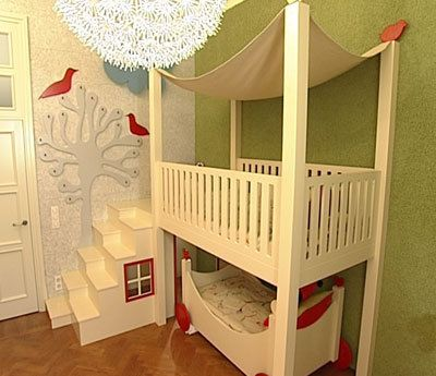 Cute idea for a toddler bunk bed need to build this in for Cute bunk bed rooms