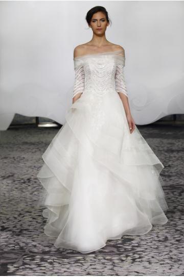 Ausgefallenes Hochzeitskleid in Allen Stile | me | Pinterest ...