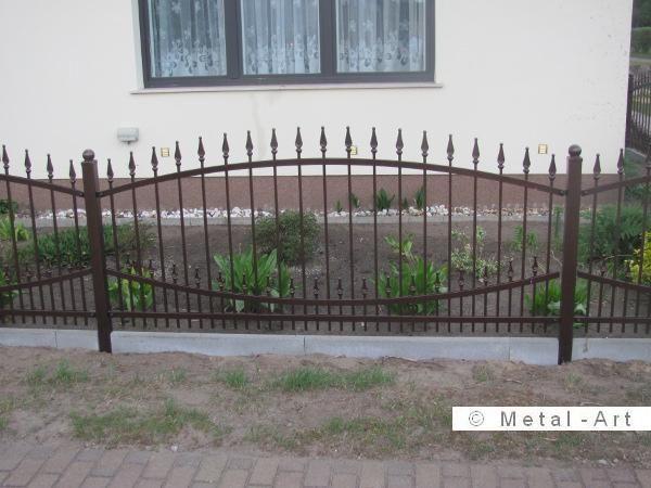 Zaun Aus Polen Gunstige Zaunanlagen In Berlin Zaune Aus Polen Zaun Vorgarten