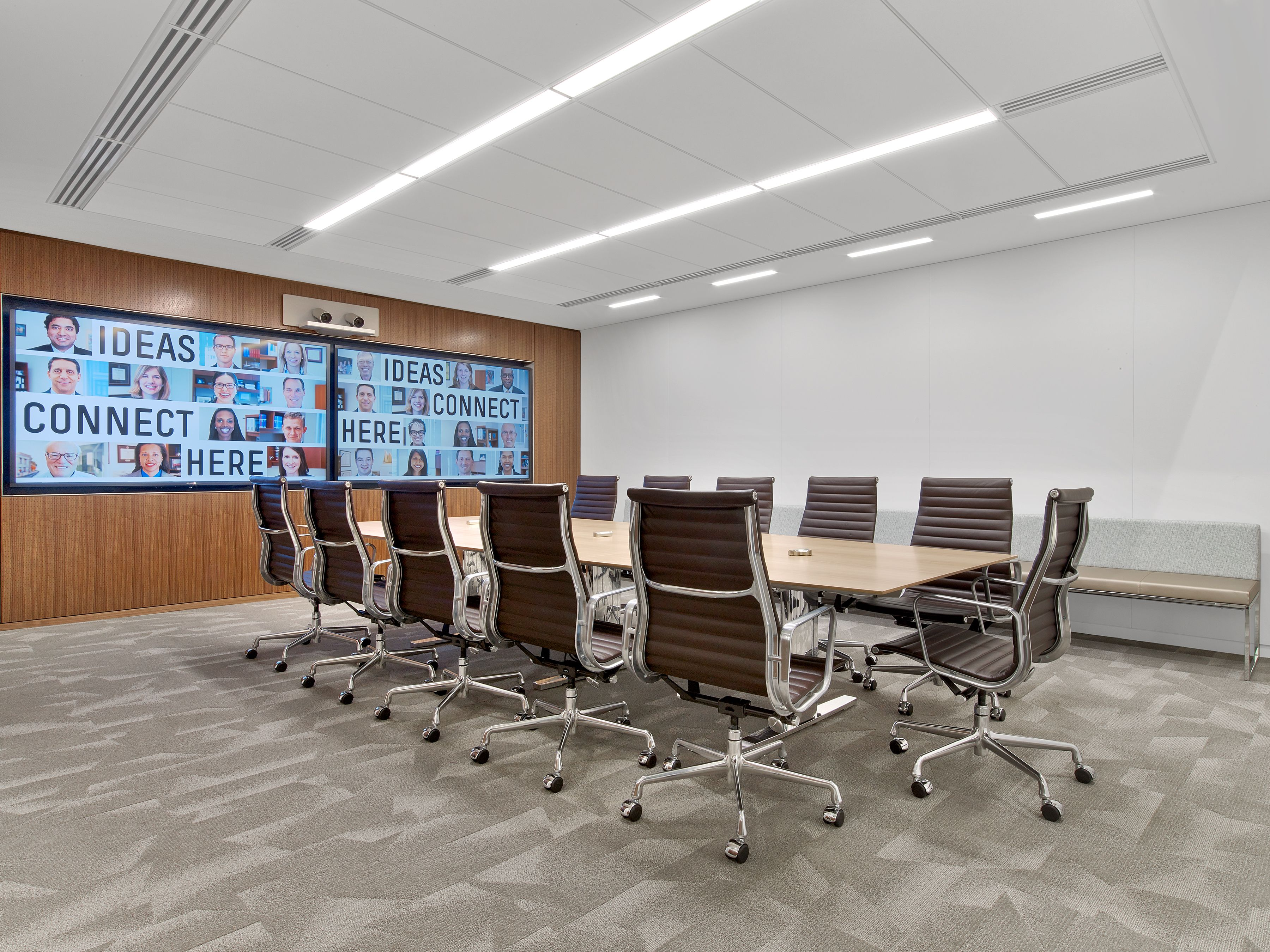 Nixon Peabody In Washington, DC / Architecture By Perkins + Will / Furniture  By MOI