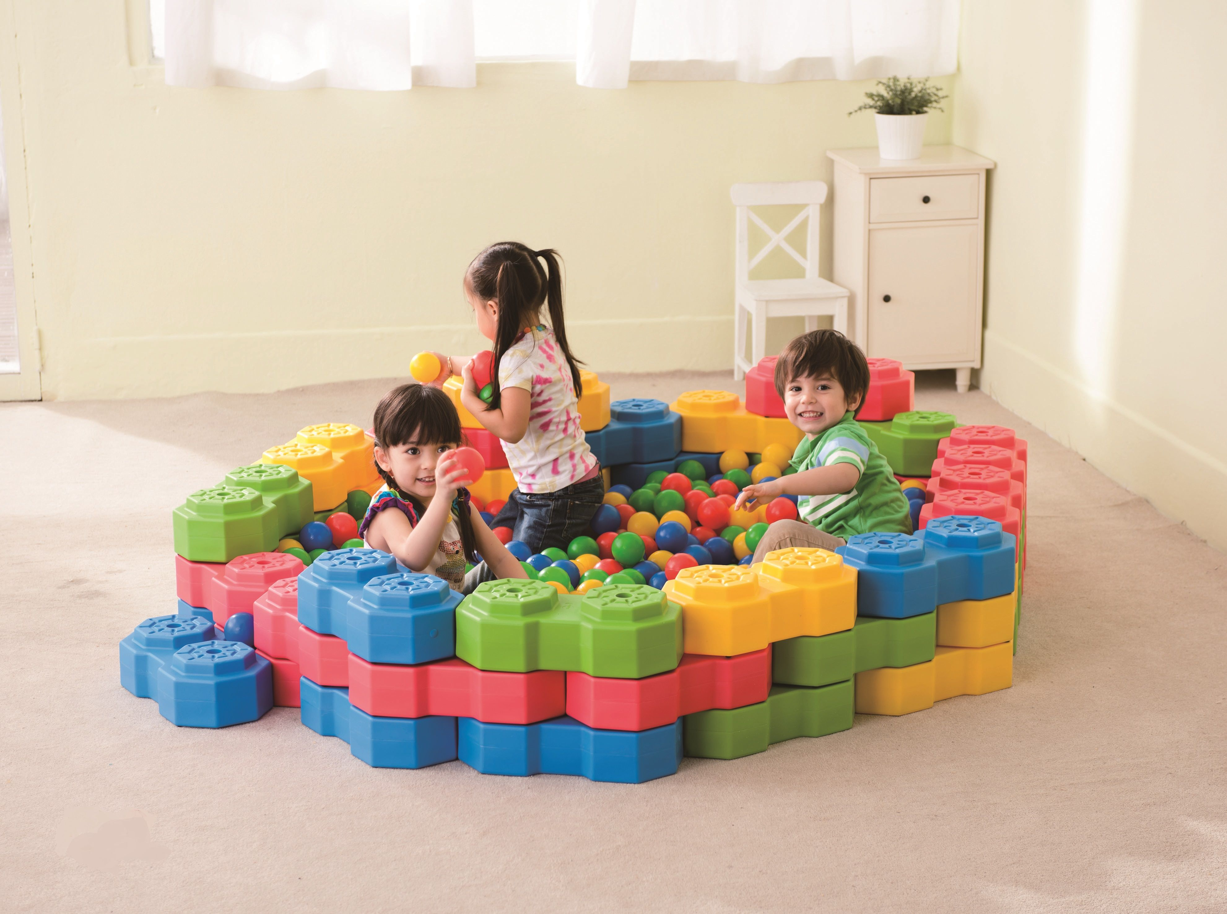 Used Toys For Toddlers : Octagon creative building blocks. they can be used to fence