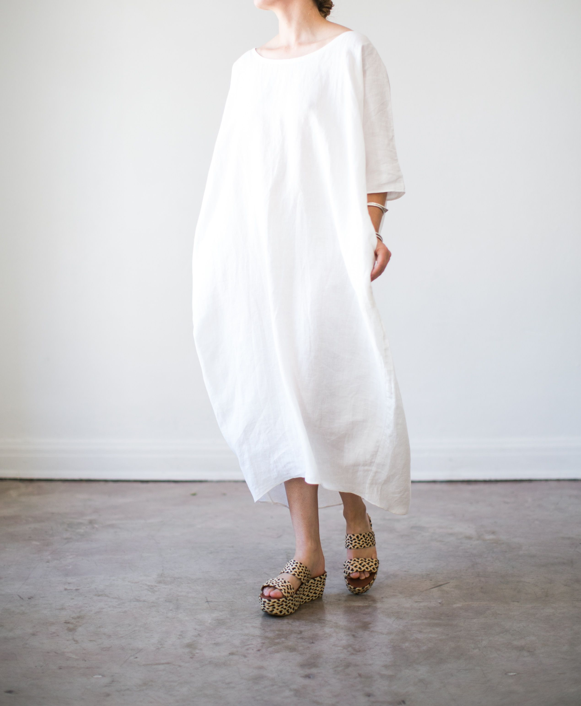 34c665b48f 100% linen cocoon dress.Elbow-length sleeves
