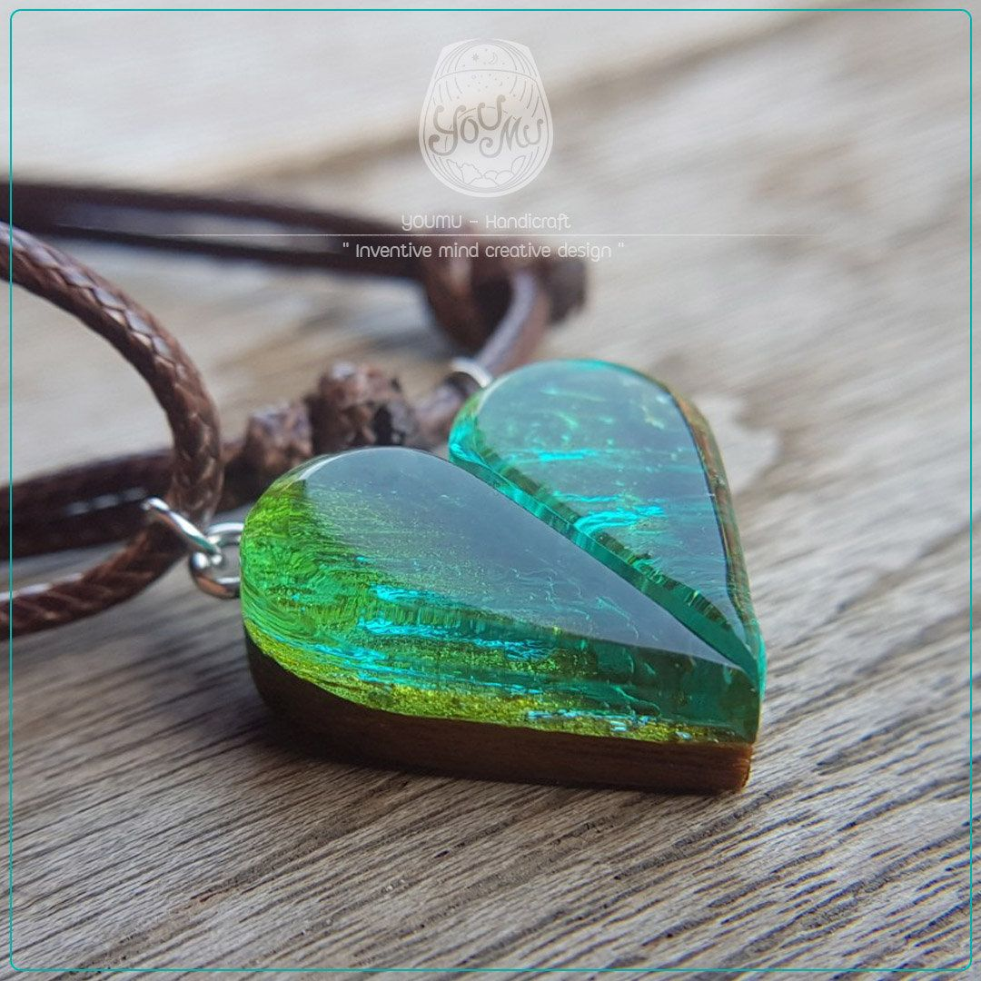 Resin Necklace Ocean Resin Jewelry Women Necklace Handmade Wood Jewelry Love Necklace Green Wooden Resin Necklace Custom Necklace