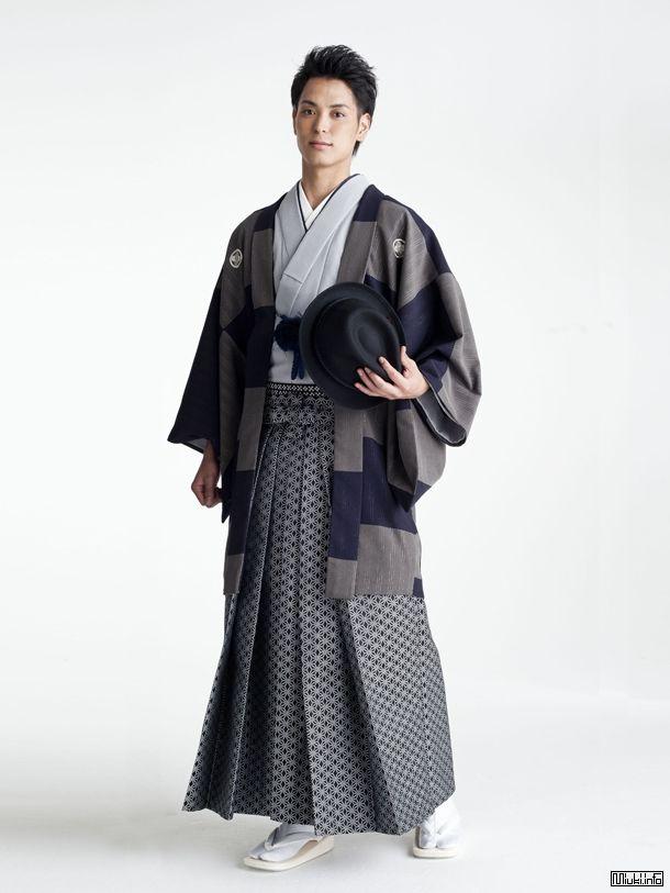 pin von helen auf kimono pinterest sch ne kleidung kleidung und sch ner. Black Bedroom Furniture Sets. Home Design Ideas