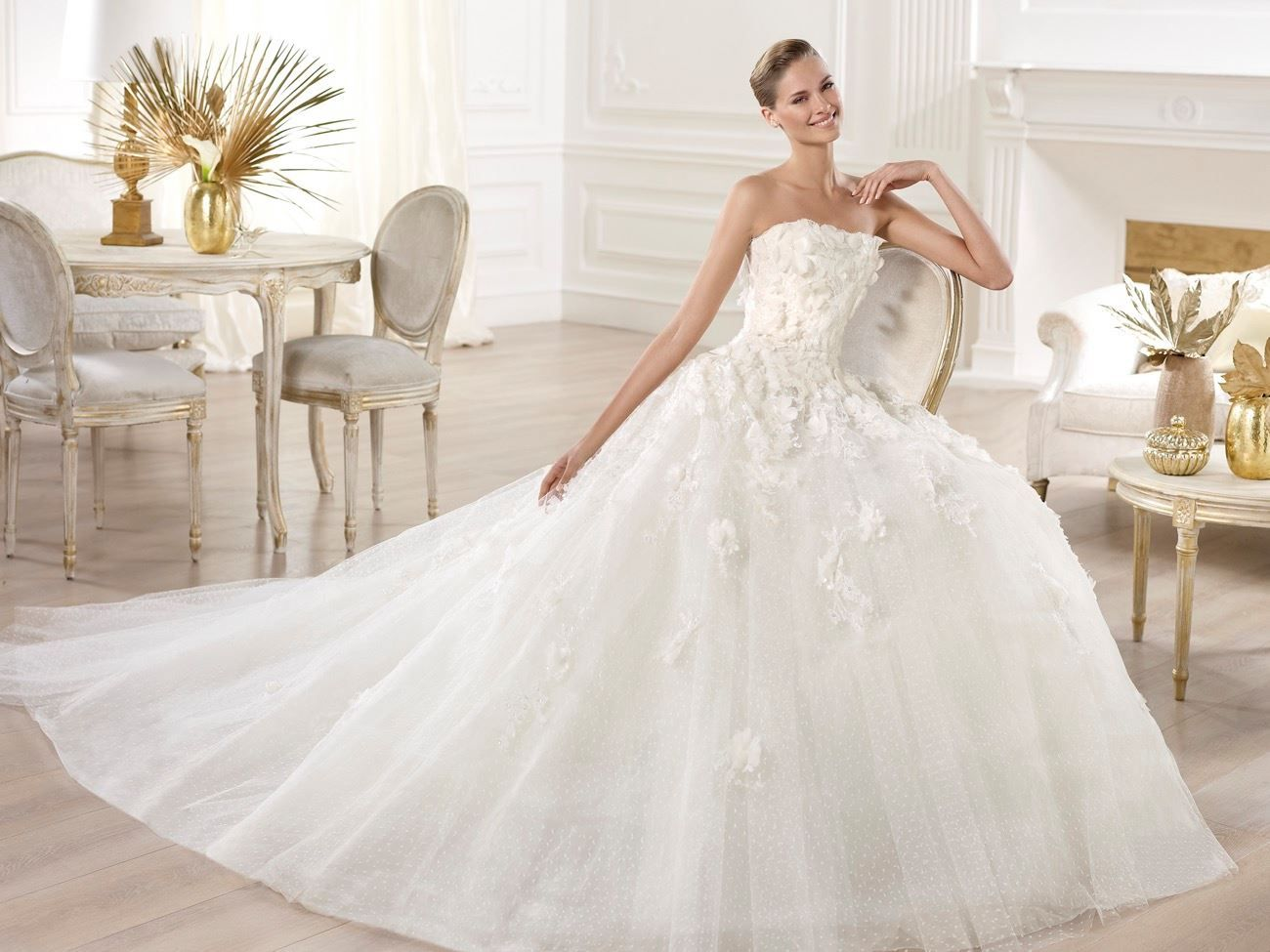 Elie by Elie Saab | Hong Kong - A fairytale princess wedding dress ...