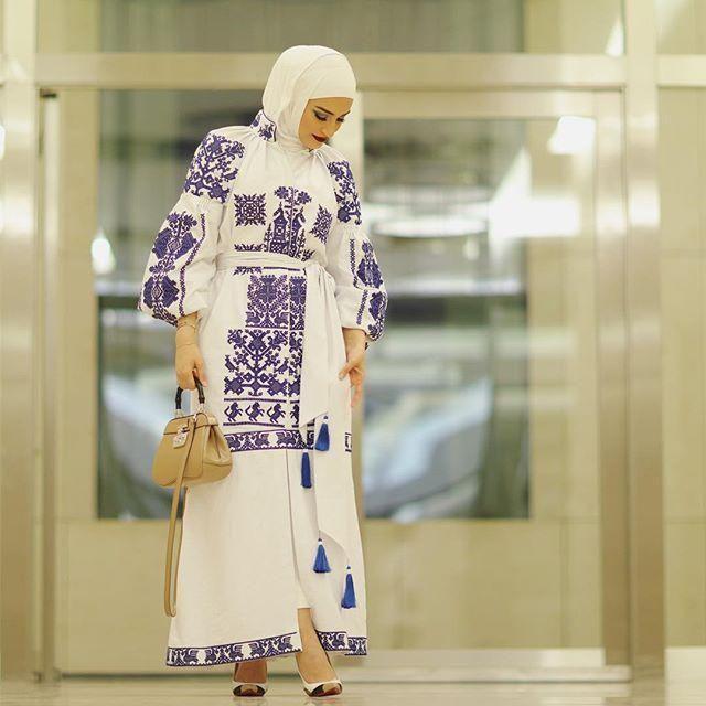 موضة و أزياء ملابس محجبات على طريقة أشهر المحجبات على انستقرام Muslim Women Fashion Fashion Design Clothes Abaya Fashion