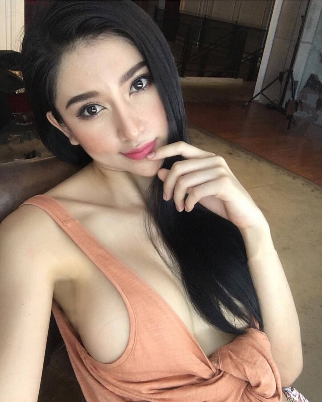 hot asian instagram