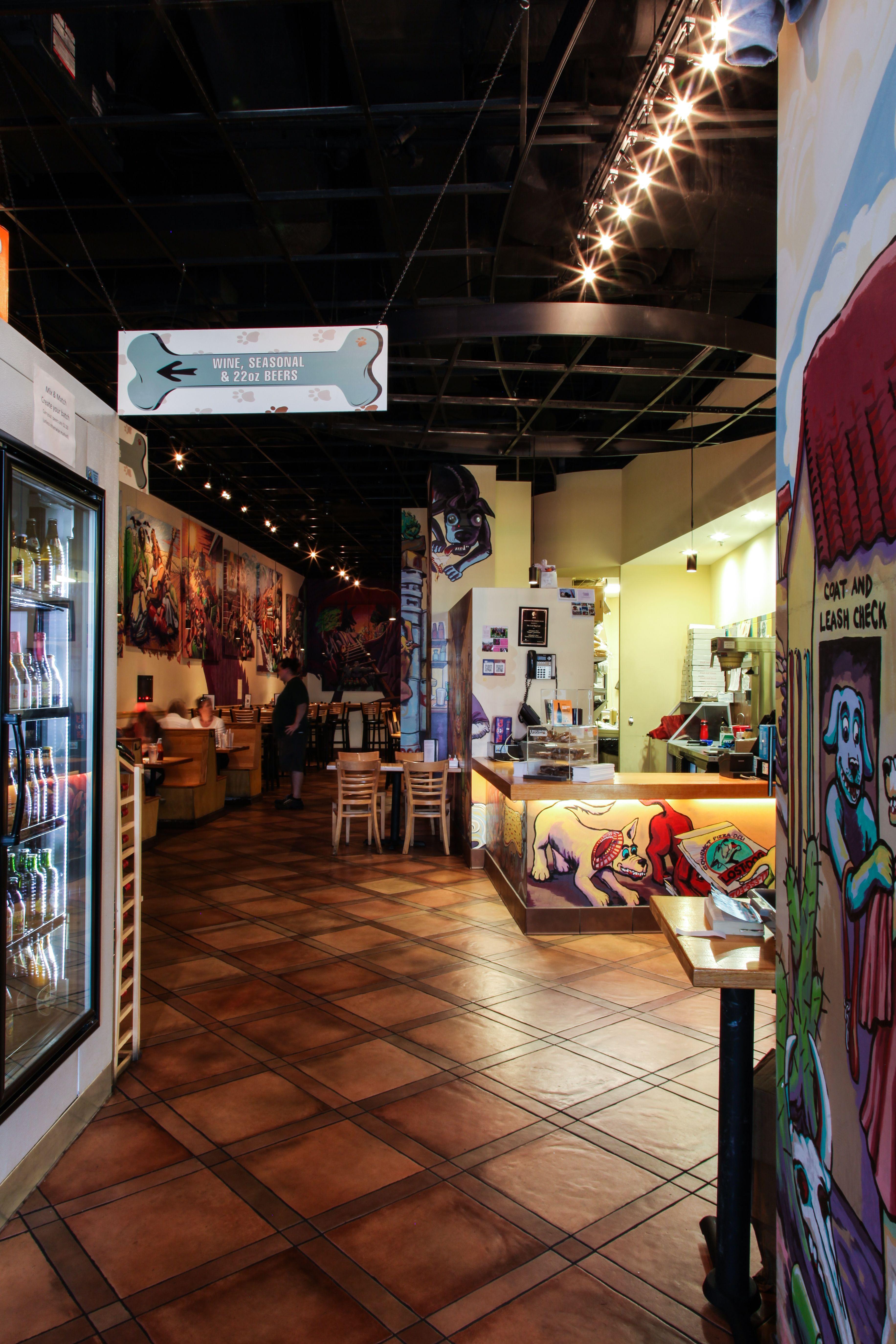 Lost Dog Cafe - South Arlington - Entry/ Host station