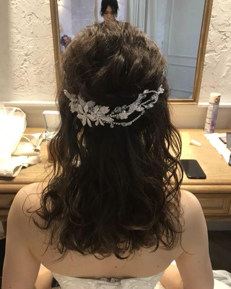 結婚式の花嫁さん向け、ウェディングドレスや和装に合う髪型、ヘア