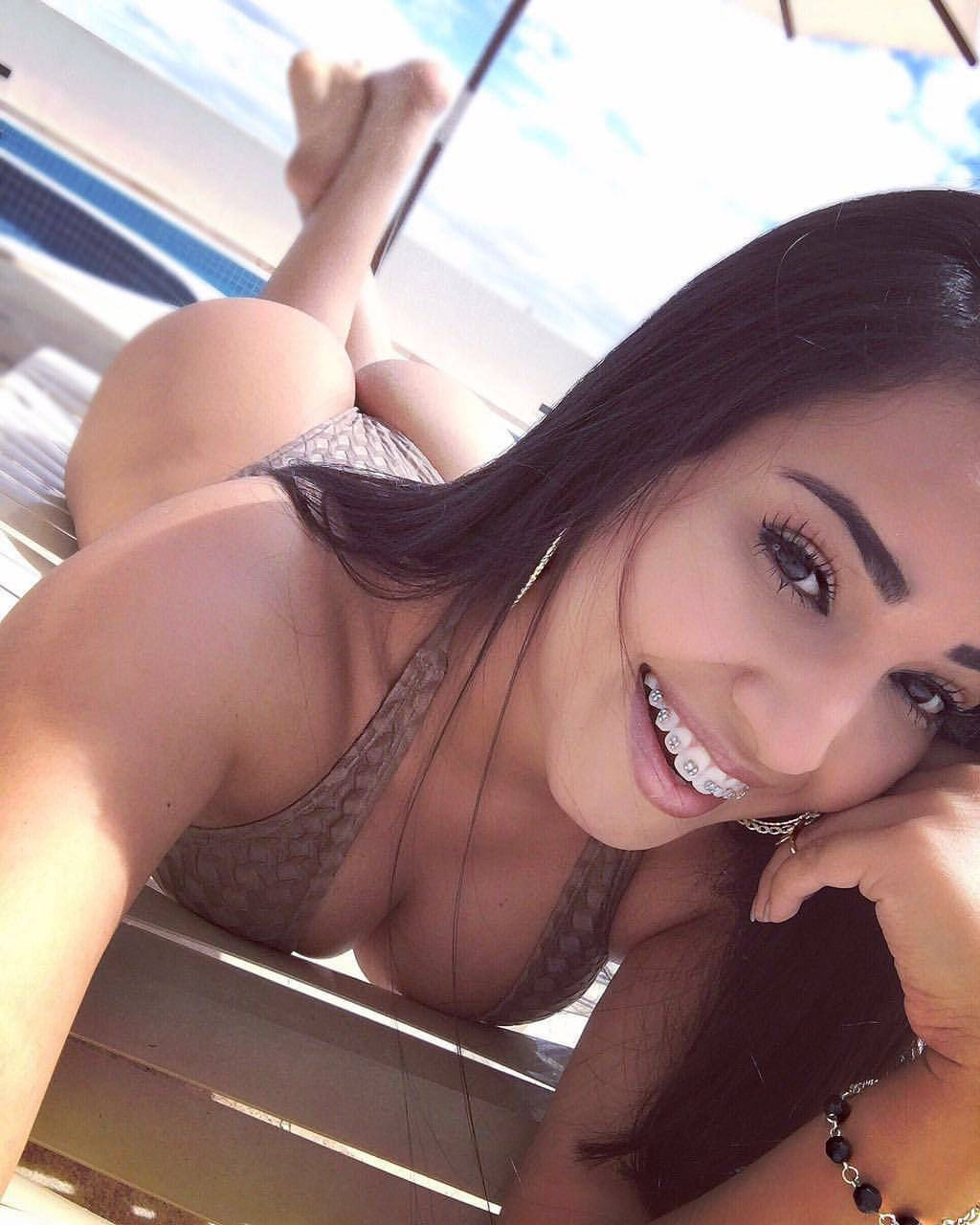 Porn Real Escort Chatroulette Girl
