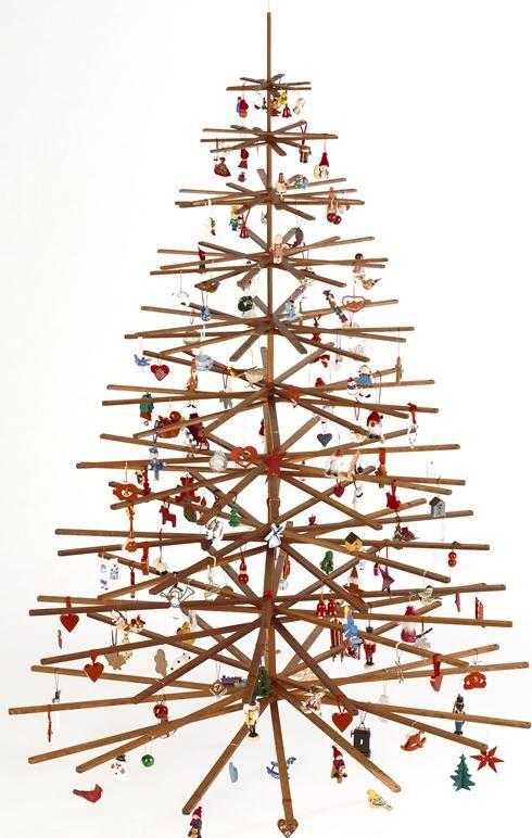 plastic christmas tree 3 photo - Plastic Christmas Tree