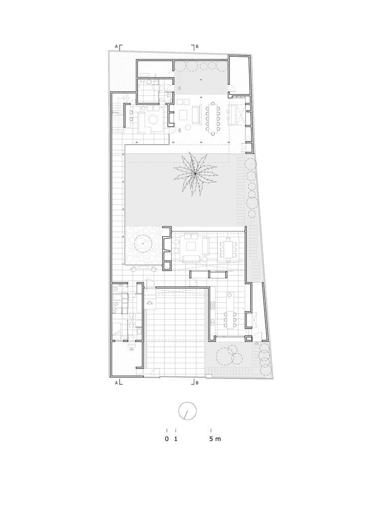 Gallery Of De La Palmera House Prado Arquitectos 16 Floor Plans Architecture House Courtyard House