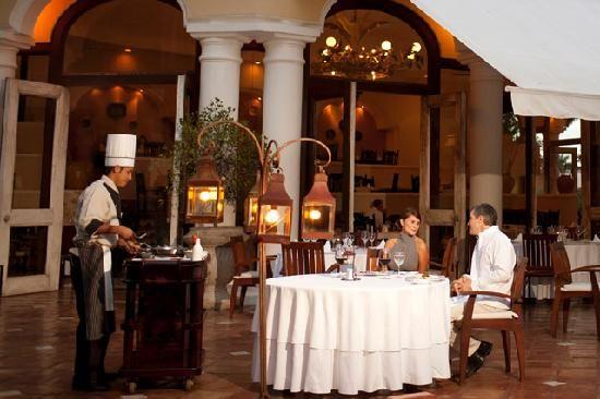 La cena es un punto a destacar en Casa Velas con opciones como el restaurante Emiliano
