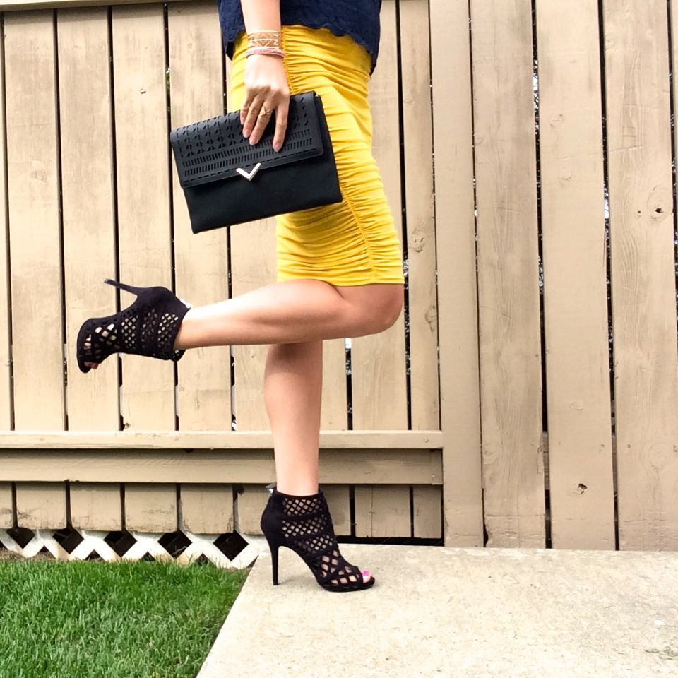 LOVE these caged booties!! Gorgeous!! Paired perfectly with the skirt and clutch!