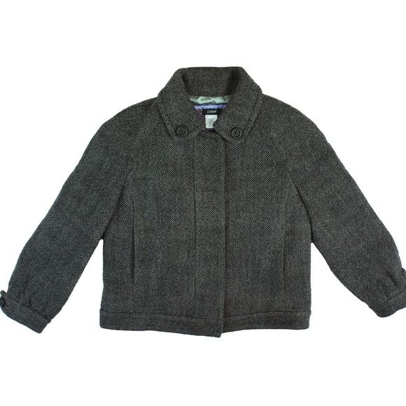 """JCrew Gray Wool Tweed Cropped Jacket Mint Condition! This gray wool tweed jacket from JCrew features a cropped length, 3/4 length sleeves and is fully lined. Made of a wool blend. Measures: Bust: 37"""", Total Length: 20.5"""", Sleeves: 20"""" J. Crew Jackets & Coats Blazers"""