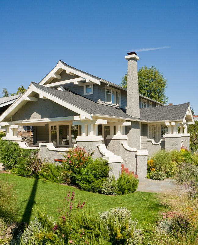 Get The Look Arts And Crafts Style Architecture Craftsman Style Homes Craftsman Style Home Craftsman Bungalows