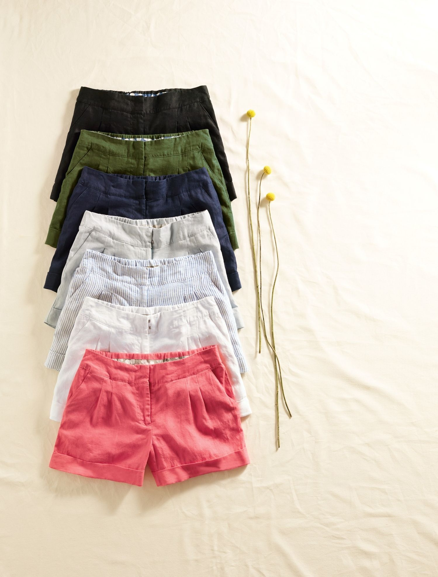 We like short shorts. And medium ones. And long ones, come to think of it. Good thing these stylish shorts come in three different lengths, then. Turn-up detailing gives them a fresh look and lightweight linen is perfect for hot, sunny days. Choose from seven colours and patterns, including life-of-the-party coral and stripes.