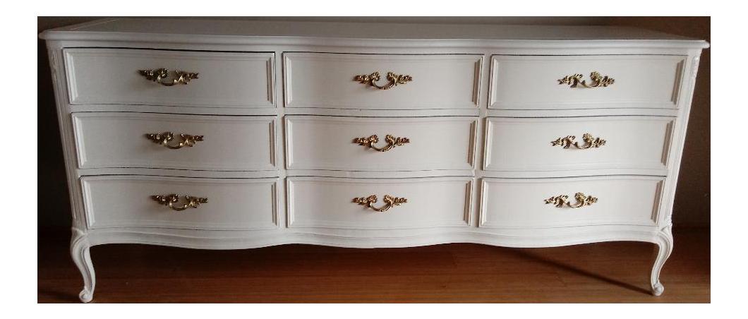 Henredon French Provincial White 9 Drawer Dresser