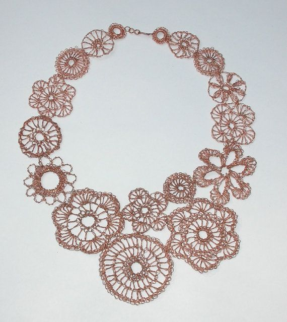 Assymetrical crocheted copper wire lace necklace por LoopyMagpie ...