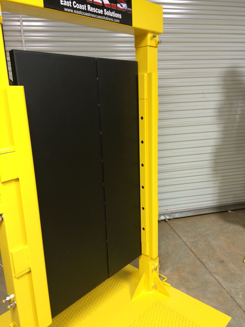 Full Length Stop For More Realistic Feel On Forcible Entry