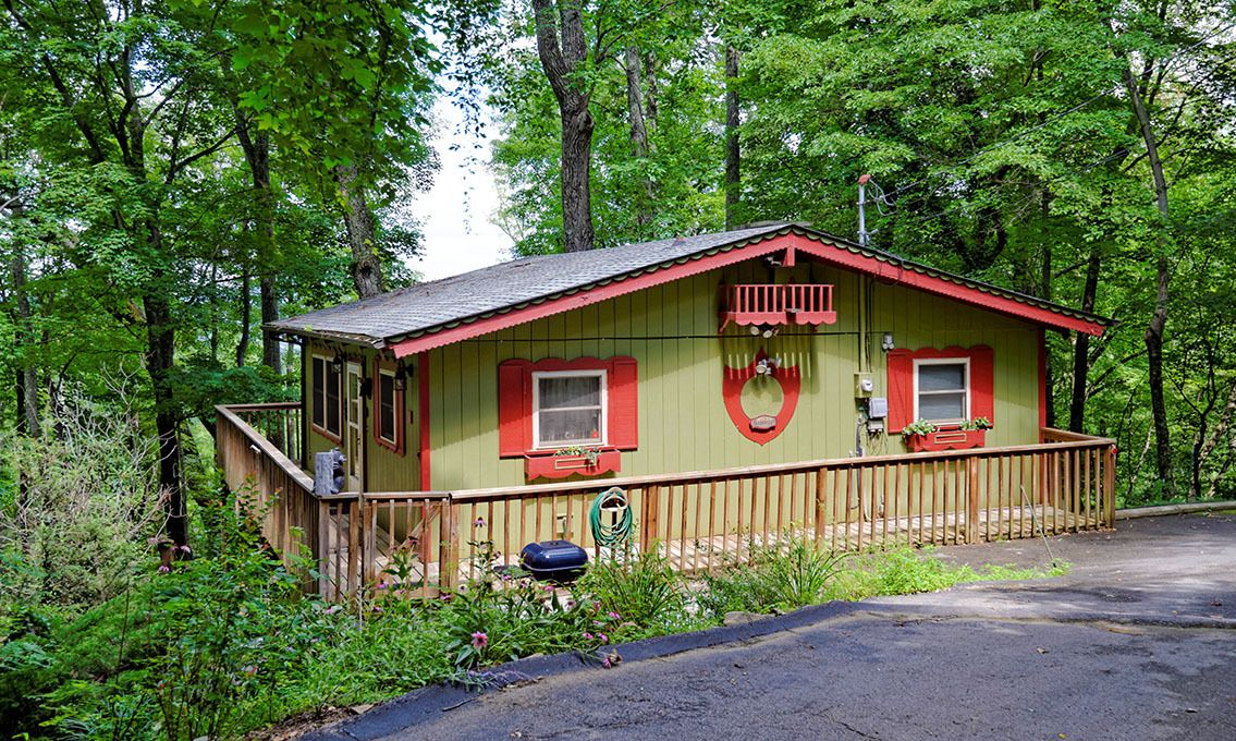 Gatlinburg Cabin Rentals Bearview Chalet Gatlinburg