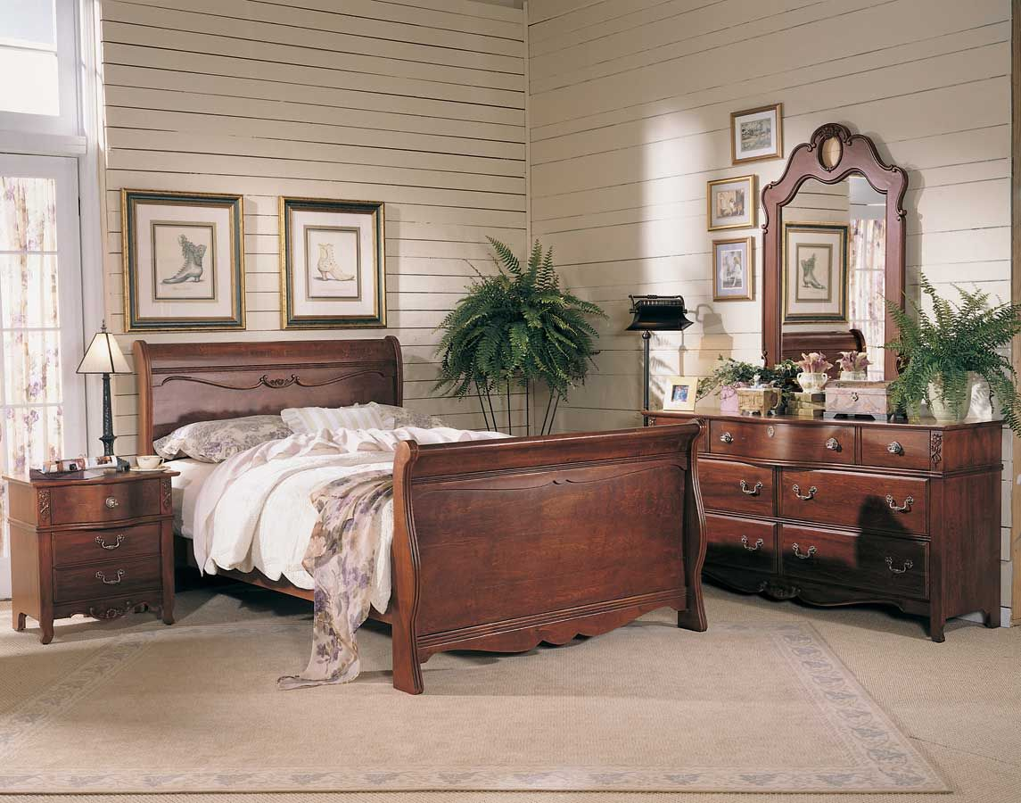 Fascinating Bedroom Interior Design With Antique Vanity Table Design With Dark Brown Wooden Bed Frame And F Antique Bedroom Furniture Furniture Antique Bedroom Dark brown bedroom vanity