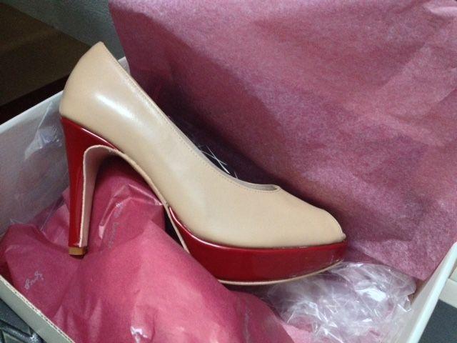 #elencargodelasemana son estos #zapatos en #piel con #tacones y #plataformas en #charol #rojo #peeptoes #shoes #encargos http://www.jorgelarranaga.com/blog/?cat=24
