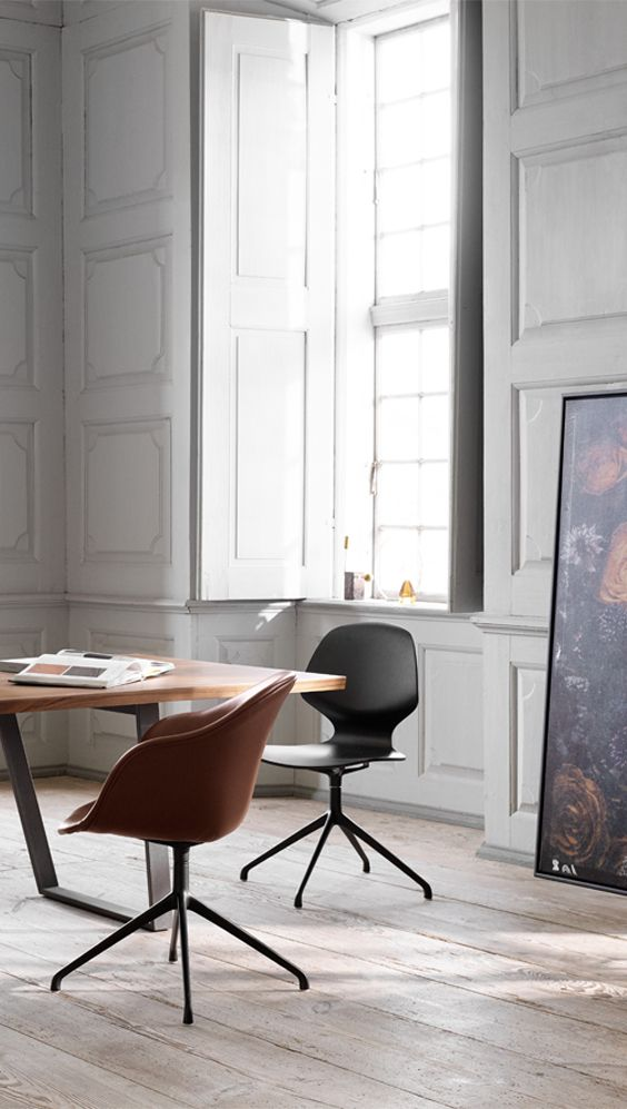 What's more lovely than being surrounded by friends and family at the dining table? Take some time out to share a meal – and a story or two – in one of our supremely comfortable dining chairs that look amazing anywhere from the dining table to the office. #dining #diningroom #moderndining #scandinaviandining #diningchairs #boconcept #danishdesign #diningroomideas #diningroomdecor #premiumdesign #designchairs #minimalistdiningdesign #chair