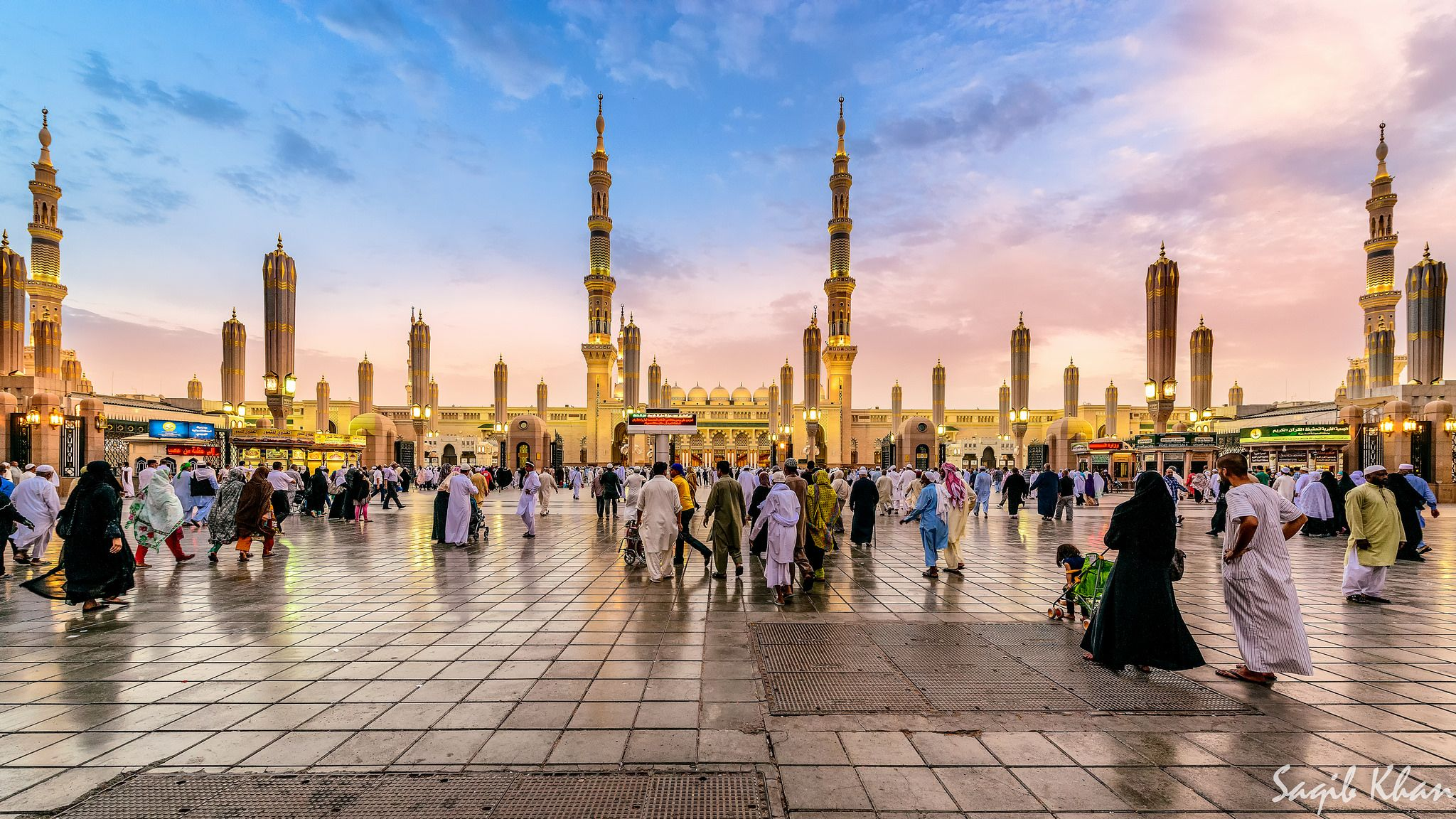 50 Most Beautiful Mosques In The World Location Size Beautiful Mosques Mosque Masjid