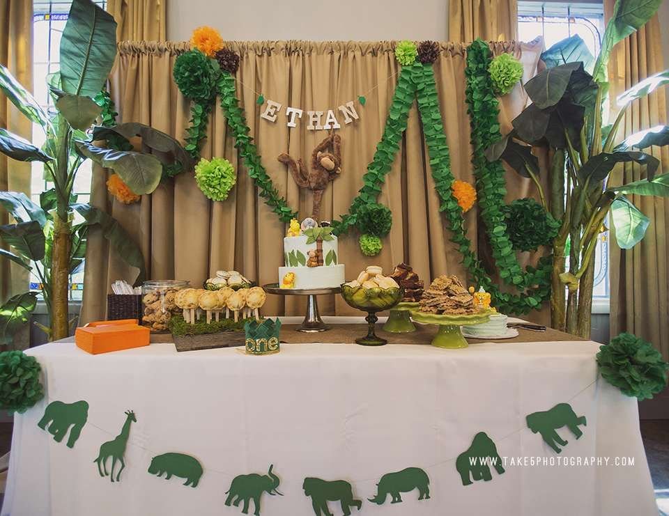 Jungle birthday ethan 39 s jungle safari 1st birthday for Table design jungle