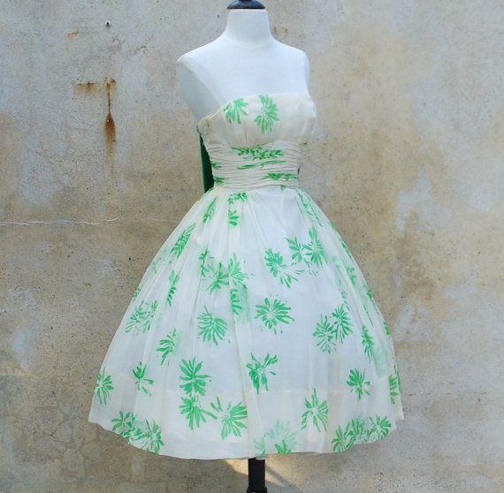 Bombshell 50s Strapless Full Skirt Party Dress- 1950s