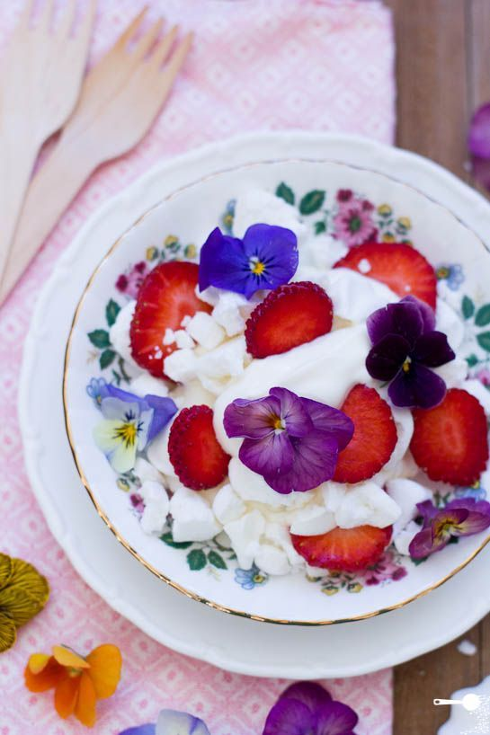 Eton Mess with Fresh Pansies, Plus 5 Other Edible Flower Varieties.
