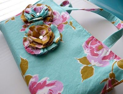 Fabric Flower Bible Cover - so pretty, and, of course, now I want to make one.