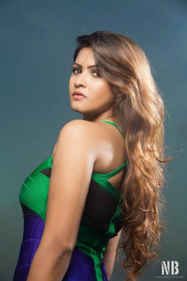 Hot sri lankan girls — photo 3