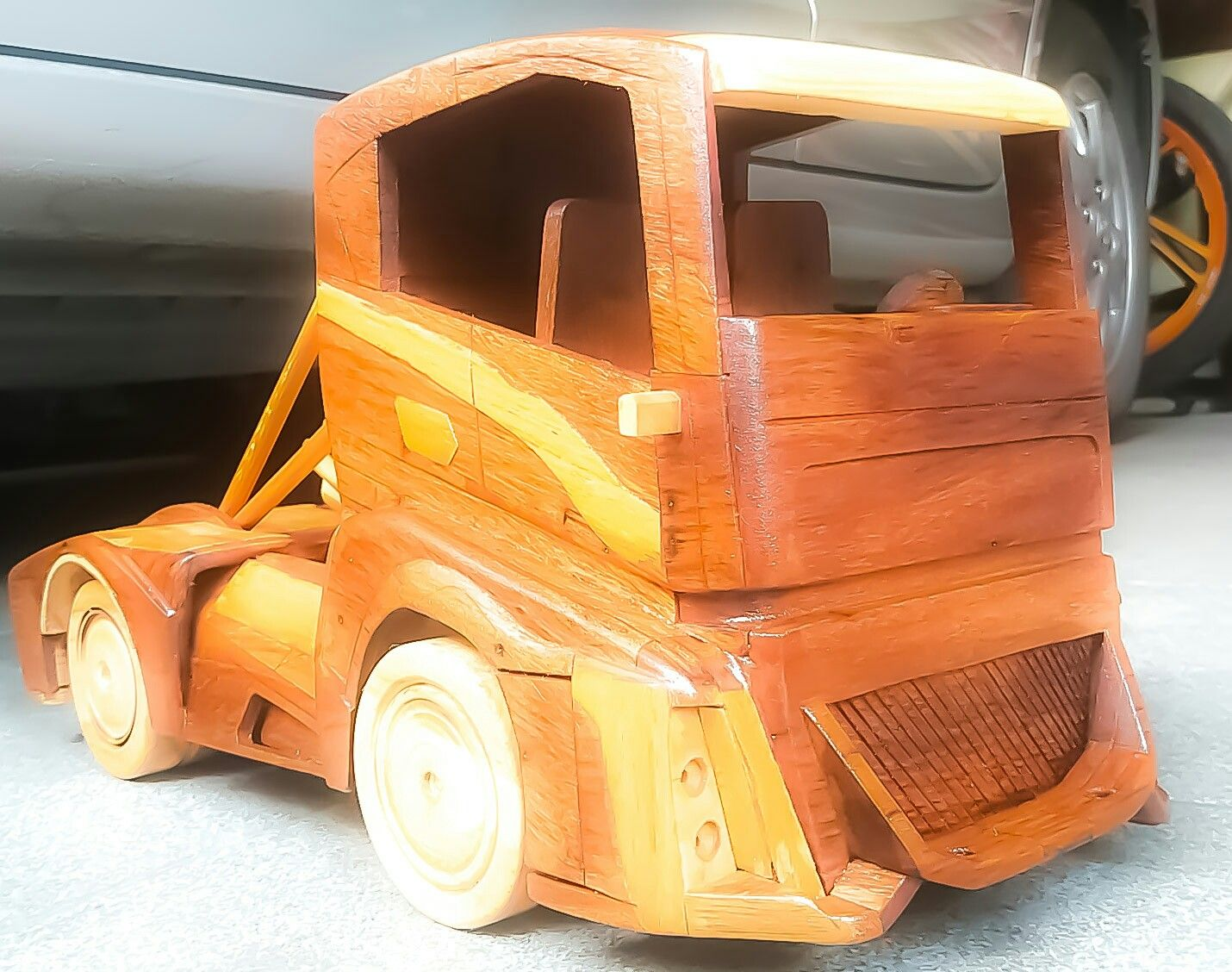 a wooden toys volvo the iron knight | projects | madera