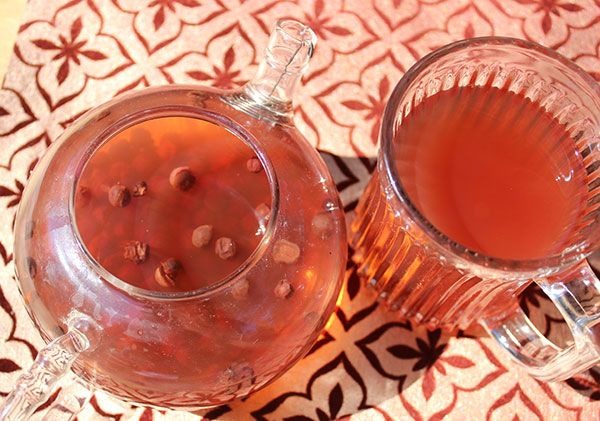 Schizandra berry tea recipes can be made straight or with