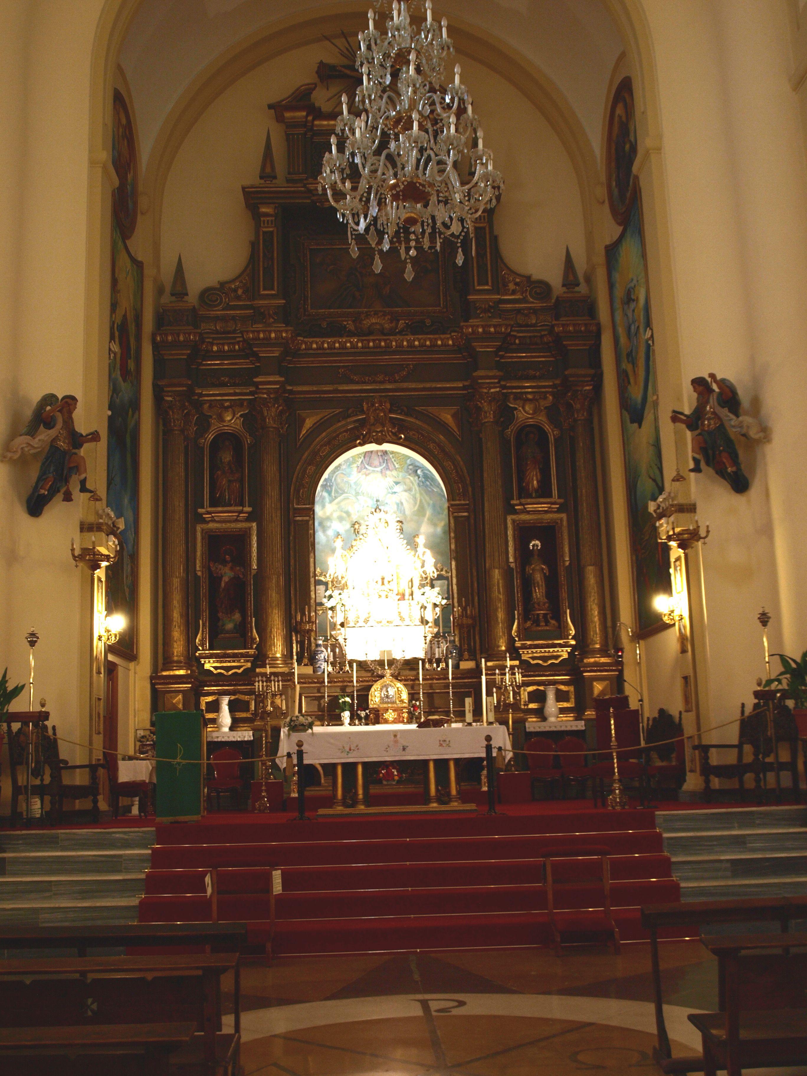 altar mayor de la iglesia de la Virgen de la Villa