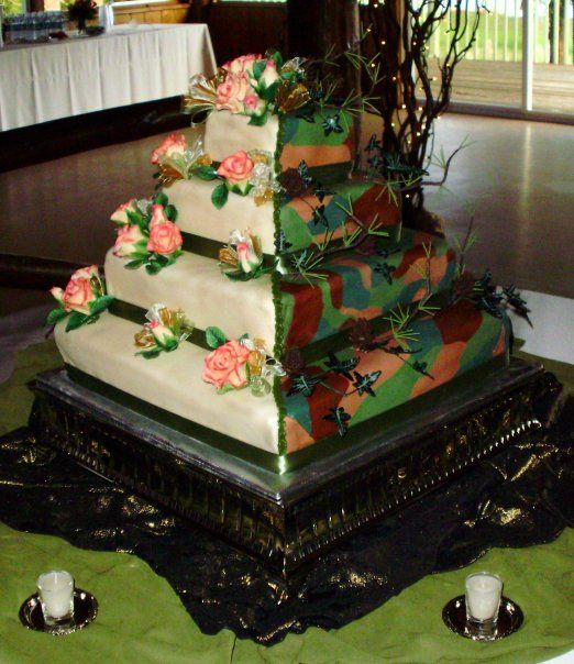 "split wedding Cakes | ... And that's why you always let the groom have his cake."" -- Cake Wrecks"