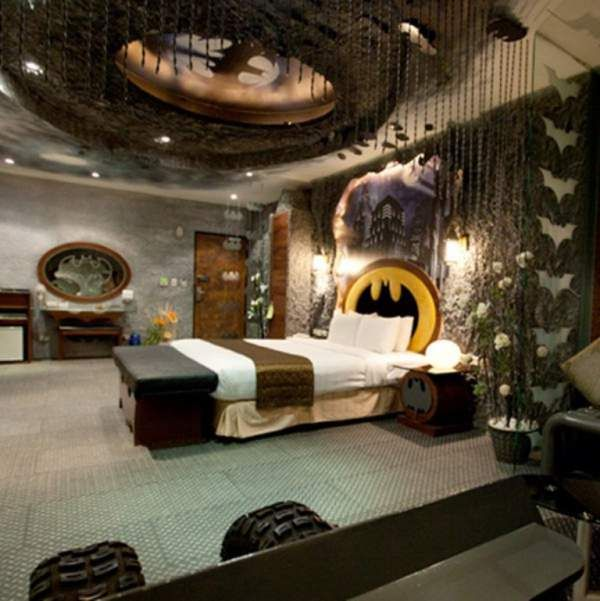 Merveilleux Tips To Remodeling Your Own U201cBat Caveu201d With Cool Batman Bedroom Set Https: