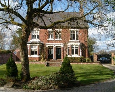 'Alan Turing   1912-54   Founder of computer science and cryptographer, whose work was key to breaking the wartime Enigma codes, lived and died here.' Wilmslow, Cheshire