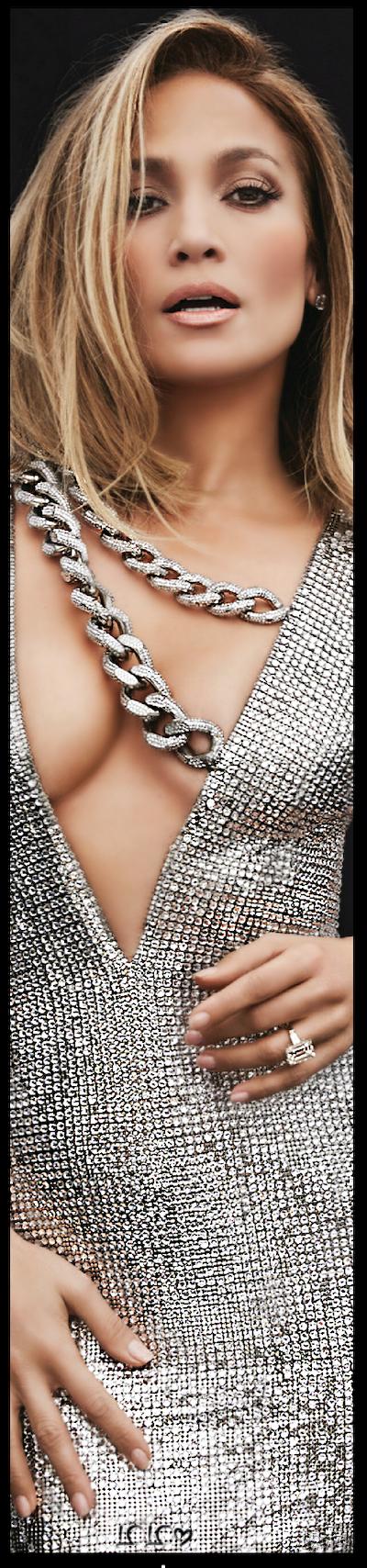 Jennifer Lopez In Tom Ford Jenniferlopez Jlo Tomford Favepin Metallics Also On My Color Metallics Silver Board Wi In 2020 Jennifer Lopez Beauty Model Glamour