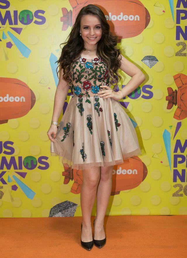 Larissa Manoela   vestido tule colorido a62da3d4a3