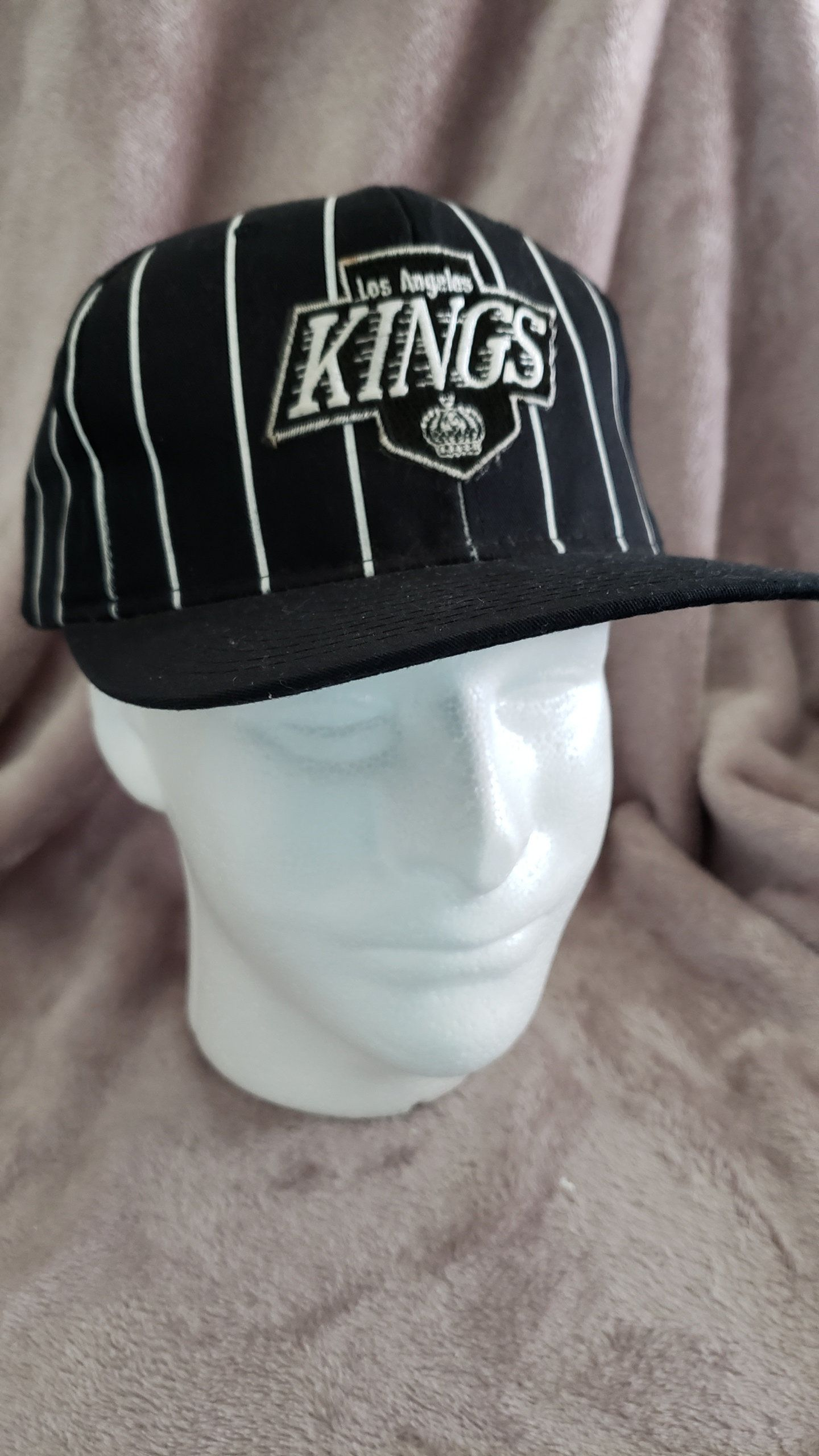 f89d253f Vintage Deadstock 90's LA Los Angeles Kings Hockey Pinstripe Snapback Hat  Cap by RackRaidersVtg on Etsy