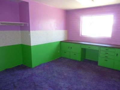 lime+green+and+purple+bedroom | purple carpet pink green wall
