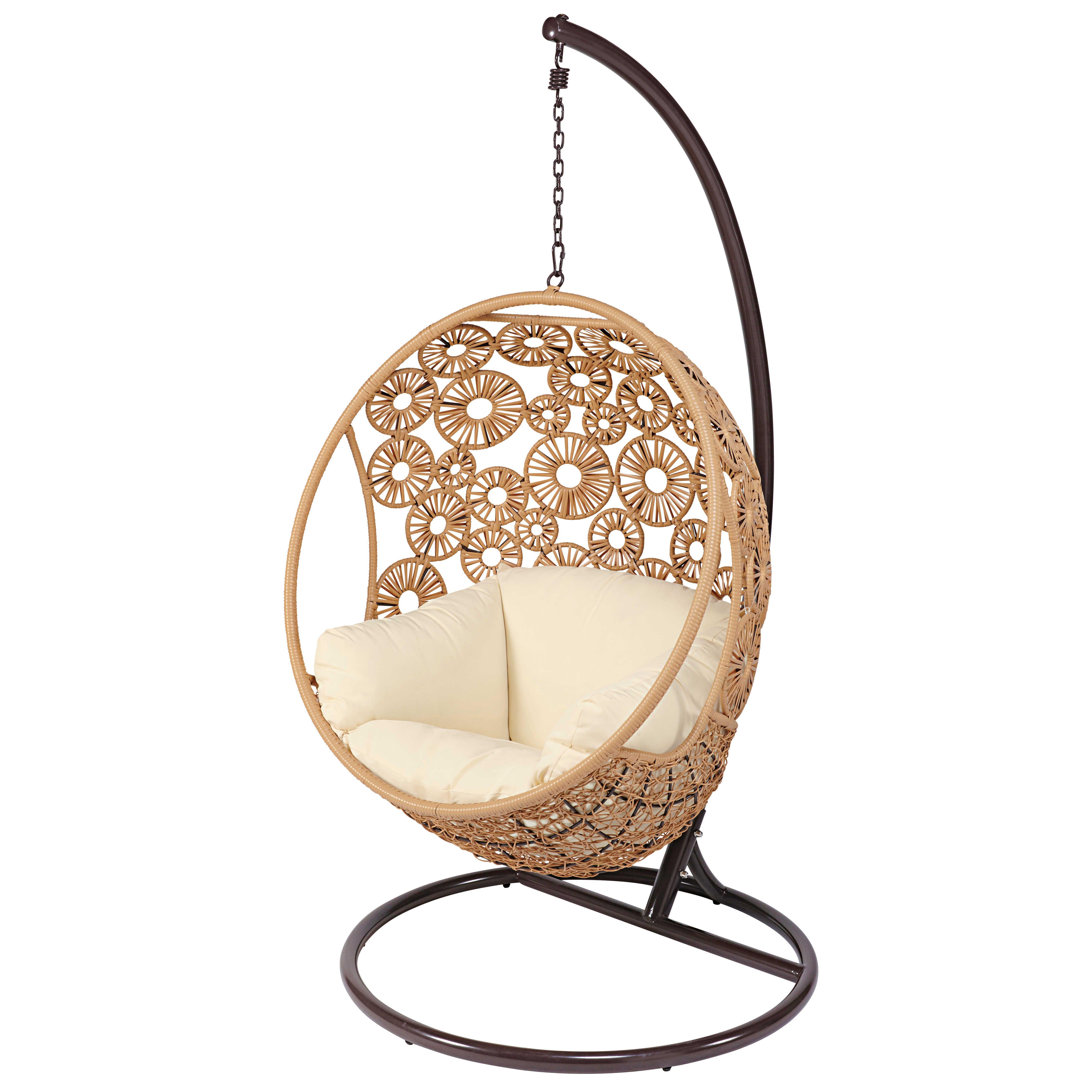 Garten Hangesessel Aus Geflochtenem Kunstharz Mit Naturweissem Kissen Maisons Du Monde Resin Wicker Outdoor Wicker Furniture Chair