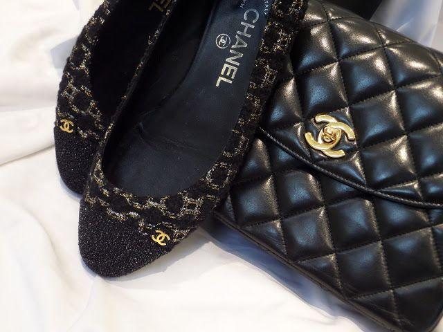 Classic Chanel shoes & bag Chanel shoes, Designer